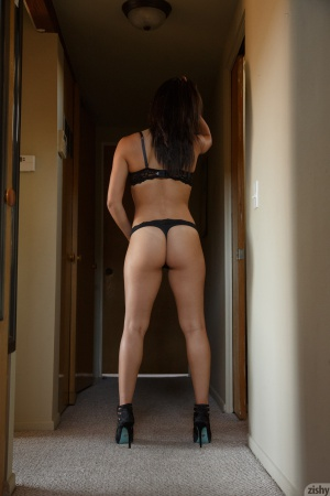 Amateur PAWG Ass Clapping