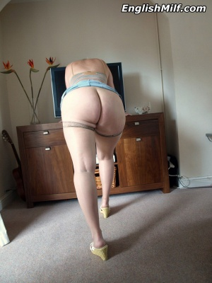 Amateur PAWG with a Thick White Ass