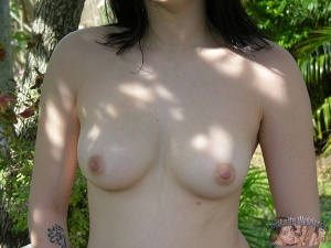 Nude Amateur Teen with Perfect Tits