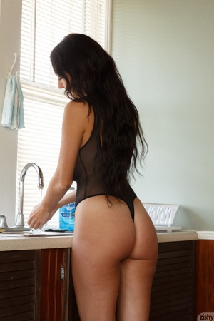 Beautiful Brunette with a Perfect Big Ass