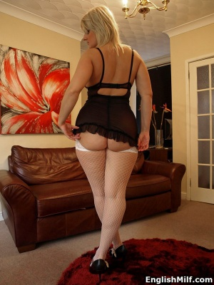 Big Ass MILF Cellulite Booty