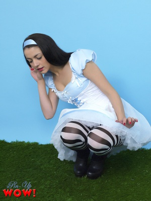 Bubble Ass Pinup Girl Squatting in Pantyhose
