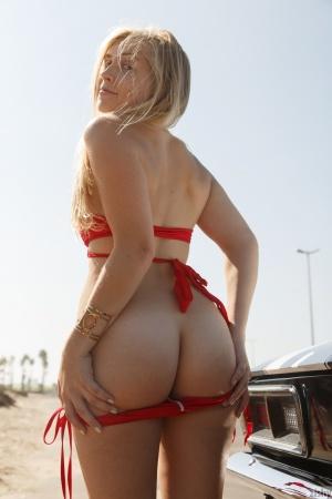 Big Ass Teen Twerking Naked