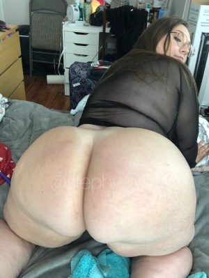 Big Booty PAWG with a Perfect Ass