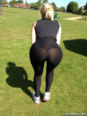 Fat Ass White Girl in Gym Tights