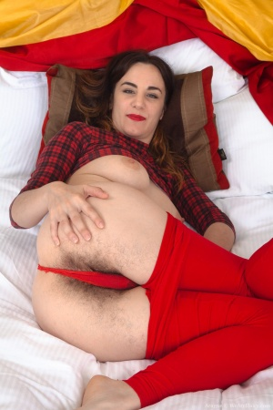Big Butt and Hairy Asshole Spreading in Pantyhose