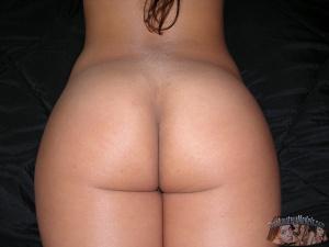 Big Butt Italian Girl with a Massive Ass