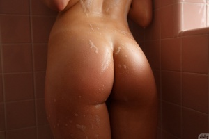 Big Wet Amateur Asses