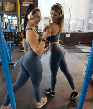 Thick White Teen Gym Booty