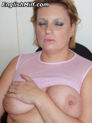 Busty Mature PAWG with Nice Big Tits