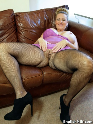 Chubby Mature MILF in Fishnet Pantyhose