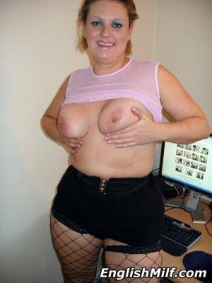Chubby Mature PAWG in Fishnet Stockings