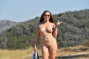 Curvy Mature White MILF Nude in Public