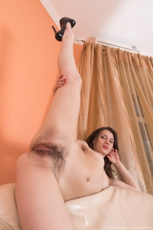 Mature Hairy Pussy and High Heels