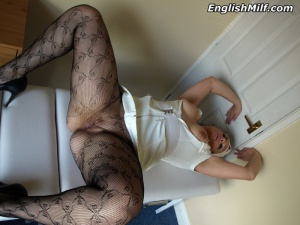 Fat Ass Amateur MILF Spreading in Fishnet Pantyhose