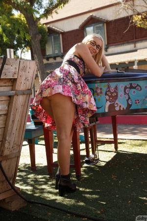 fat ass blonde pawg mini dress