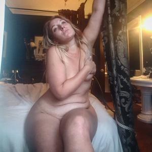 Huge Jiggly Booty Nude