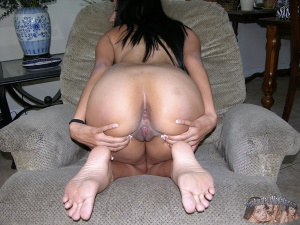 Fat Booty Pussy and Ass Spreading