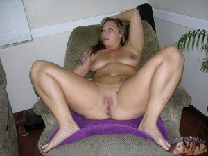 Fat White Ass Pussy Spreading