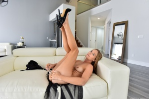 Bubble Ass MILF with a Glass Dildo in High Heels