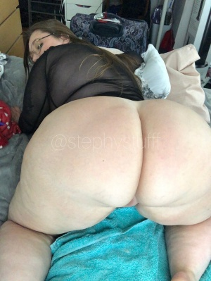 Big Ass White Girl Twerking