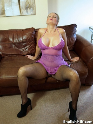 Huge Tits Mom with a Big Ass and Thick Thighs