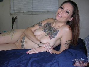 Tattooed Big Ass Mature Mom