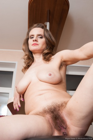 Mature Hairy Armpits and Pussy Spreading