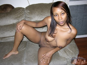 Nude Ebony Amateur with Huge Tits