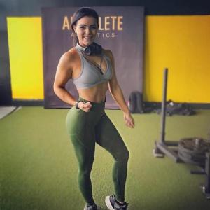 Curvy Bubble Butt Fitness Model