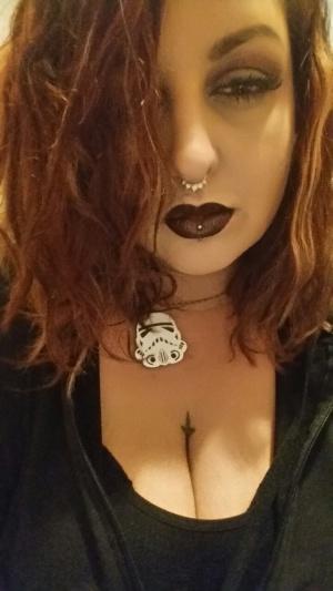 Pierced BBW Goth Girl