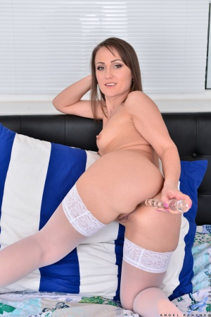 Big Booty with a Gigantic Glass Dildo
