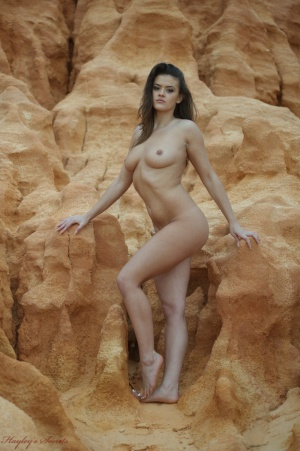 Big Ass Wife Beach Exhibitionist