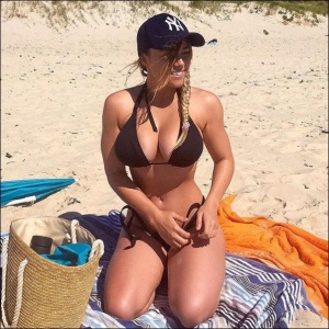 Bikini Babe with Big Tits and Thick Hips
